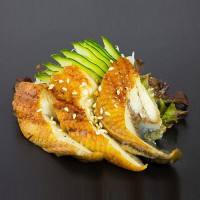 554. Sashimi 4ks: Unagi - uzený úhoř
